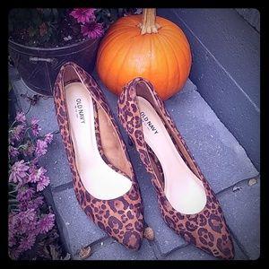 Cheetah leopard print heels
